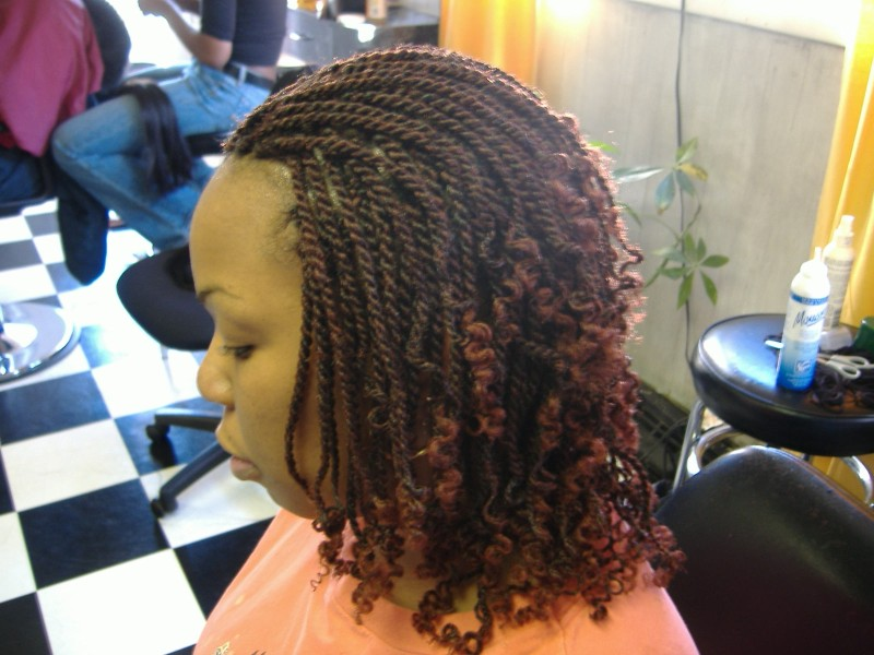 ROPE TWIST ALSO CALLED KINKY TWIST OR SENGALESE TWIST WITH SYNTHETIC ...